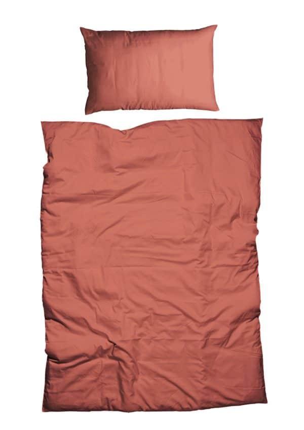 Bettdeckenbezug und Kissenbezug in rost